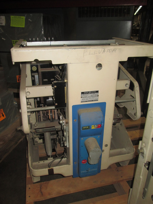 AK-2A-50-1 GE 1600A MO/DO LSI Air Circuit Breaker (Broken Handle)