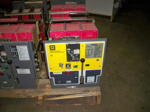 DS-416H Square D 1600A EO/DO 800A Cont. Current LSI Air Circuit Breaker