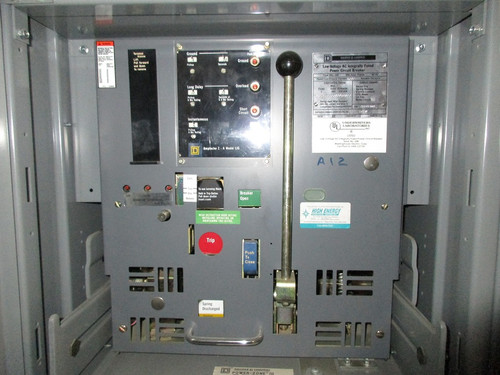 DSL-206 Square D 800A MO/DO 600A Cont. Current 1200A Fuses LIG Air Circuit Breaker (In Structure)