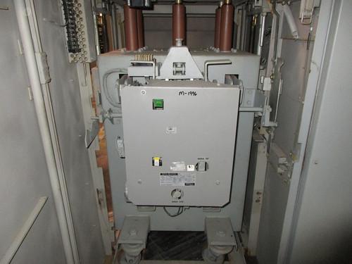 AM-13.8-500-7H GE Magne-Blast 1200A 15KV Air Circuit Breaker (In Structure)