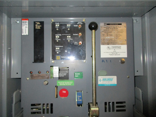 DSL-206 Square D 800A MO/DO 400A Cont. Current 1200A Fuses LIG Air Circuit Breaker (In Structure)