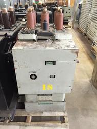 AM-2.4/4.16-150/250-3 GE Magne-Blast 2000A 4.76KV Air Circuit Breaker
