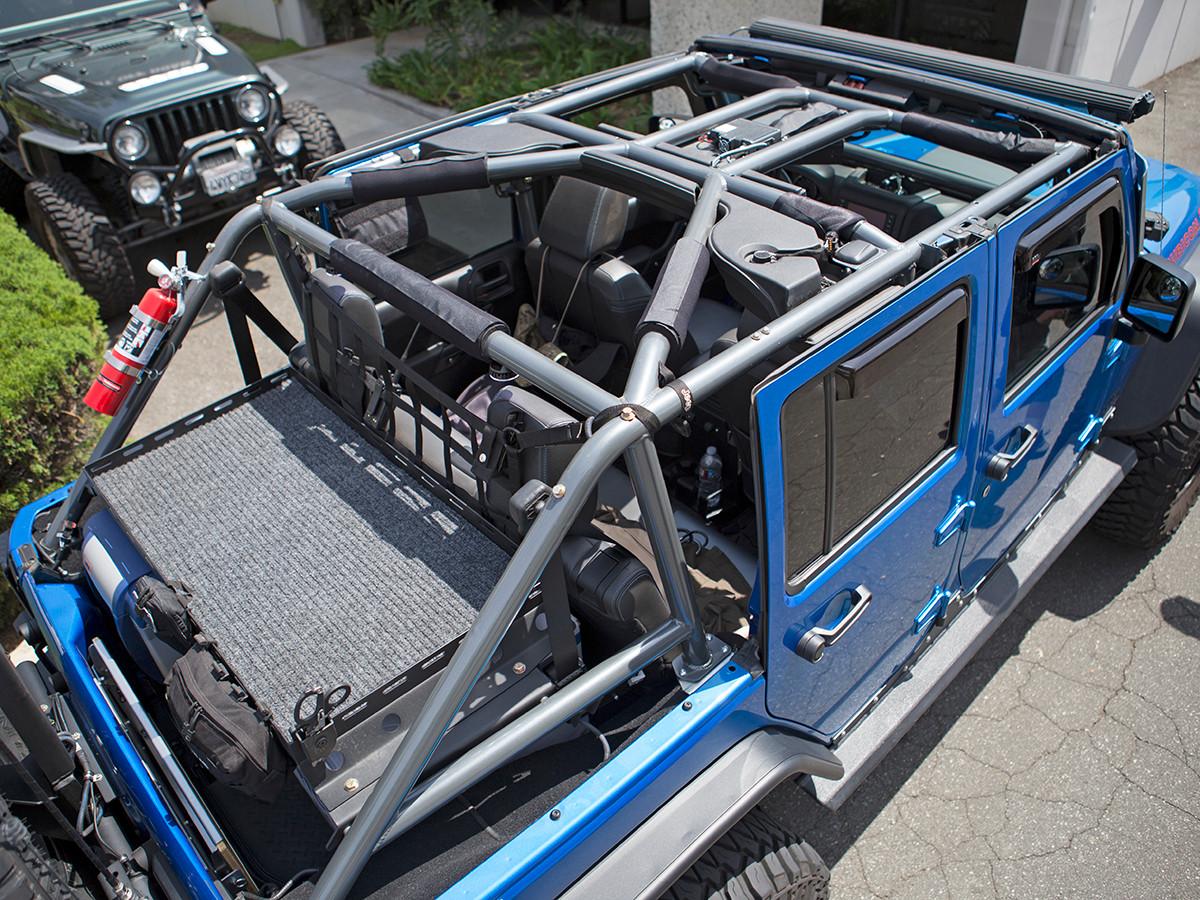 JK (4 Door) Full Roll Cage Kit Installed