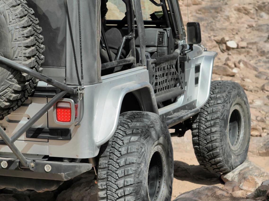 "TJ/LJ 4"" Flare Front & Rear Fender Package - Aluminum Rear View"