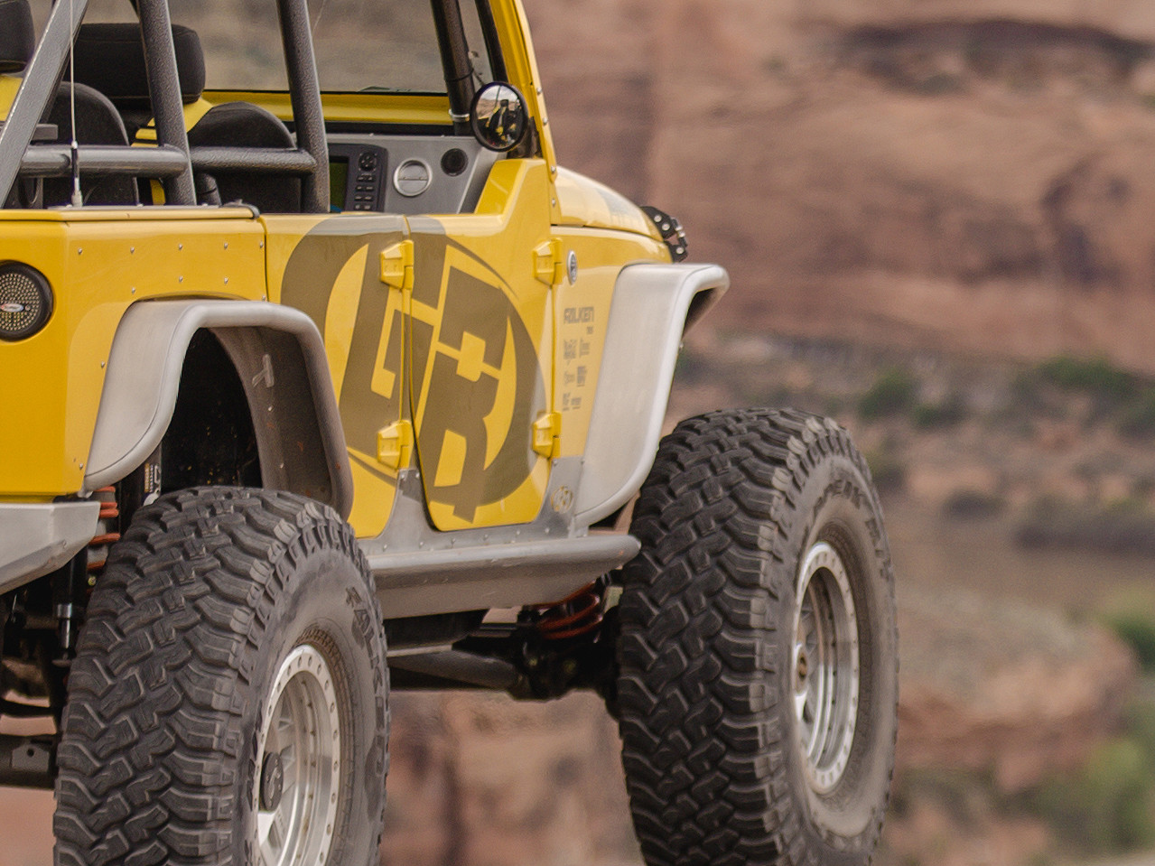 """Another view of  narrow front fenders on Jeep JK with 38"""" tires"""