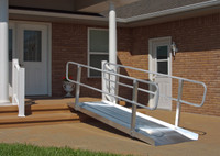 "PVI ONTRAC SOLID RAMP WITH HANDRAILS 4' X 36"" w - XPS436"