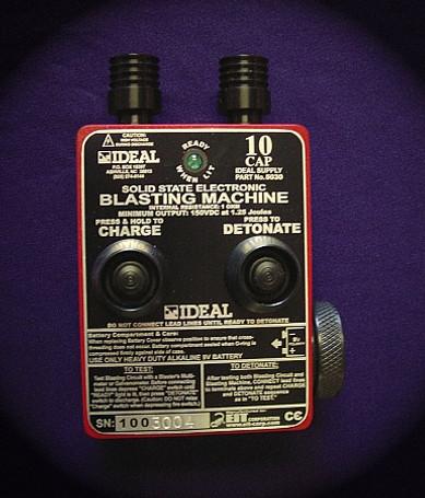 Ideal 10 Cap Blasting Machine HB10