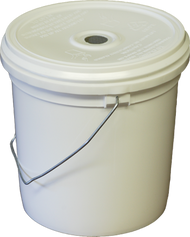 1 Gallon Feeder Pail with Screen
