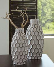 Dionna White Vase Set (2/CN)