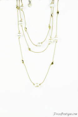 Casual Pearl Necklace