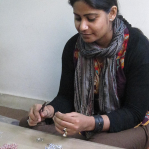 Fair Anita works with an artisan cooperative in India that employs over 6,000 women living in the villages surrounding Delhi.