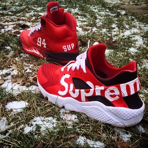 """Custom Nike """"Supreme"""" Huarache"""