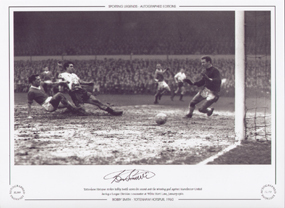 Tottenham Hotspur striker Bobby Smith scores his second and the winning goal against Manchester United during a League Division 1 encounter at White Hart Lane, January 1960.