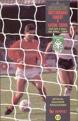 original Official 1989 League Cup Final programme. The game, Nottingham Forest V Luton Town was played on 9th April 1989 at Wembley Stadium.
