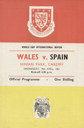 original Official programme for the international match Wales V spain played on 19 April 1961 at Ninian Park, Cardiff.