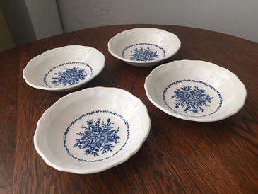 Vintage Ironstone Set of 4 Bowls Cobalt and Ivory