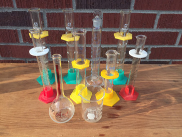 Collection of Vintage Lab Glass. 10 assorted pieces