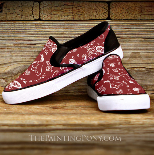 Country Floral Galloping Horse Pattern Slip On Shoes