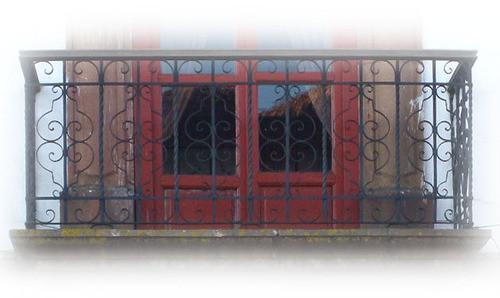 attractiveness forged iron balcony