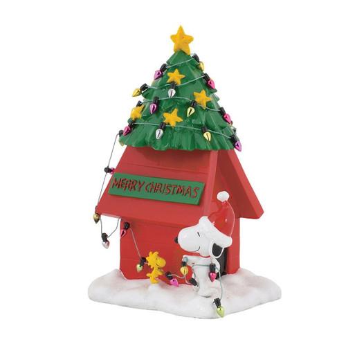 Peanuts Christmas Dog House Figure Snoopy Charlie Brown