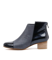 JARLIE Ankle Boots in Navy Leather