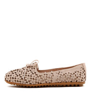 BANDI Ballet Flats in Nude Leather