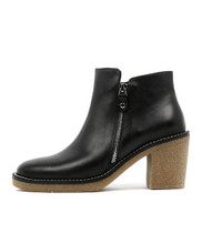 KATONE Ankle Boots in Black Leather