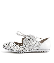 BEEK Ballet Flats in White Leather