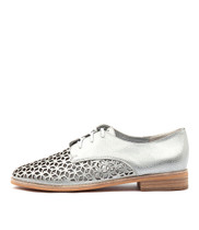 ABIND Lace-up Brogues in White/Silver Leather