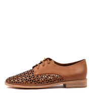 ABIND Lace-up Brogues in Tan Leather