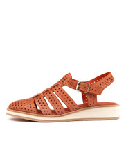 CARGOS Flat in Cantaloupe Leather