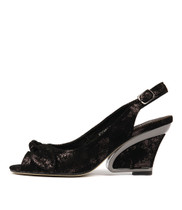 ESCARA High Heels in Black/ Metallic Leather
