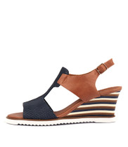 UMIKA Wedge Sandals in Navy/ Tan Leather