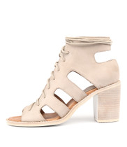 TITAN Heeled Sandals in Stone Leather