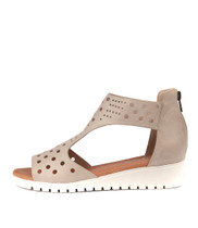 MASKIT Flatform Sandals in Oyster Leather