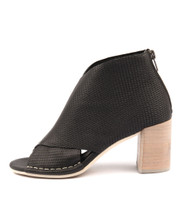DALLOP Heeled Sandals in Black Leather