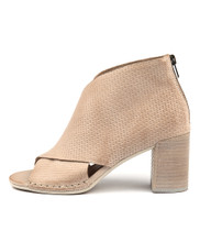 DALLOP Heeled Sandals in Latte Leather