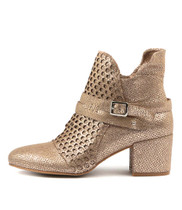 MIVERLYS Heeled Boots in Peach Crackle Leather