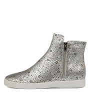 GLAMORA Sneakers in Silver Leather