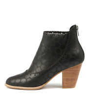 CANISING Heeled Ankle Boots in Black Leather