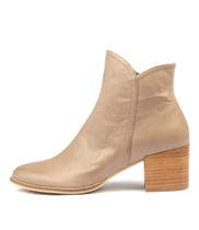MOCKAS Ankle Boots in Smoke Leather