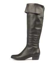 TOYCA Knee High Boots in Black Leather