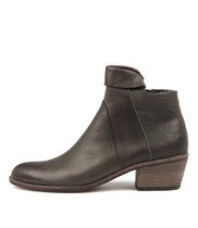 RANDAS Ankle Boots in Choc Leather