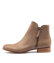 FABIAN Ankle Boots in Smoke Leather