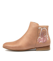 LUCKI Ankle Boots in Light Blush Leather