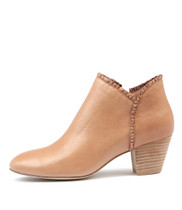 HENNI Ankle Boots in Dark Nude Leather