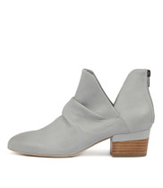 GINGAL Ankle Boots in Steel Leather