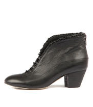 HEMERA Ankle Boots in Black Leather