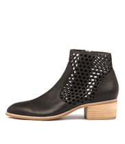 HEARTH Ankle Boots in Black Leather