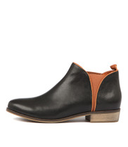 STOLLY Ankle Boots in Black Leather